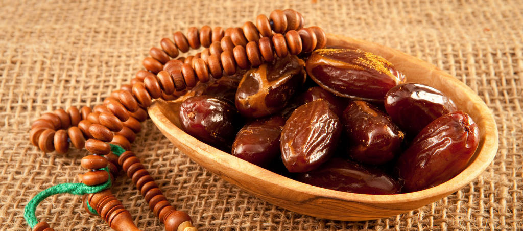 Did You Know That Dates Improve Bone Health And Control Cholesterol?