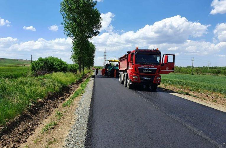 Viacons Rutier Huși a finalizat asfaltarea drumului Copăceana-Fălciu