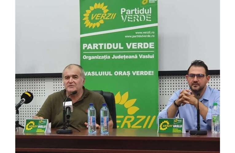 După 40 de ani, Florin Călinescu s-a întors în județul în care a debutat ca actor