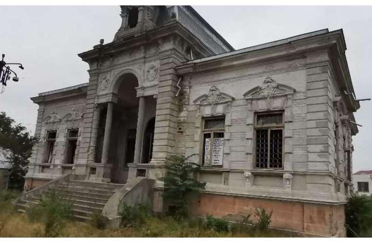 Ruina din Huși pe care s-au cheltuit 7 milioane de lei! Primarul Ciupilan prezintă povestea IREALĂ a clădirii!