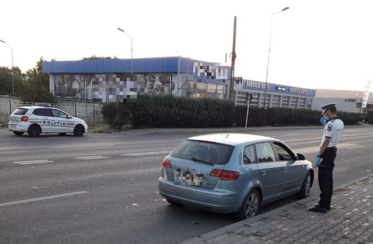 Sute de polițiști vasluieni, scoși în stradă pentru controale Covid