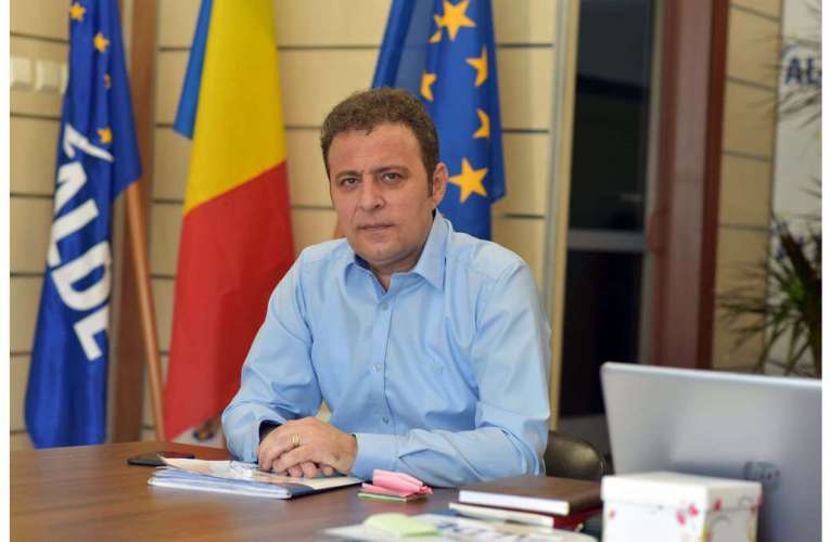 Astăzi, Daniel Olteanu va fi validat drept candidat PRO România la Camera Deputaților! Cine merge la Senat?