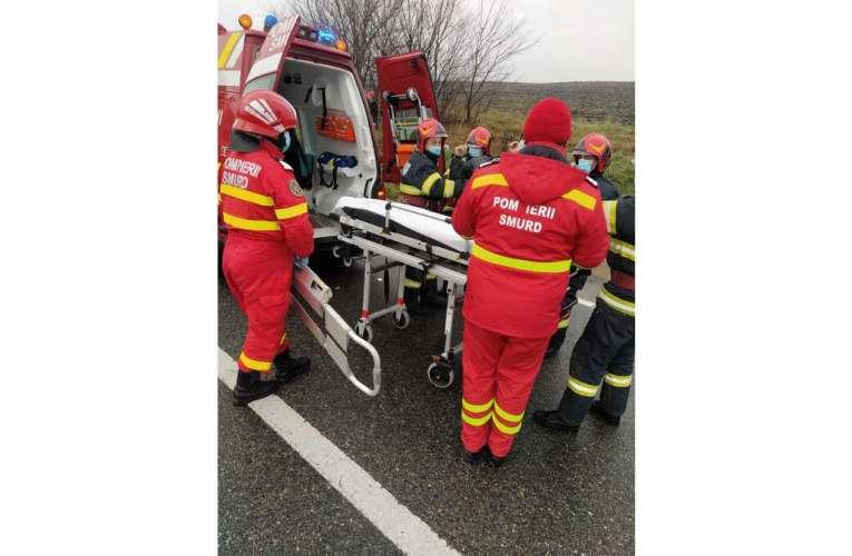 Accident grav la Bârlad! Doua mașini s-au ciocnit, sunt trei victime!