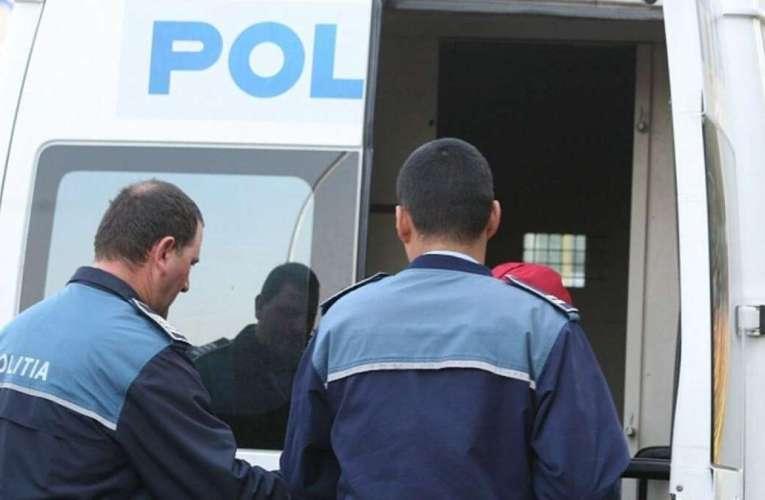 Bărbat din Codăești, jefuit de doi tâlhari din Vaslui! Agresorii i-au furat portofelul!