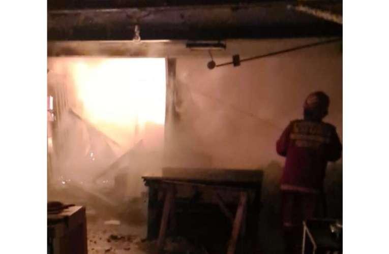 La Bârlad, o petarda aruncata într-un balcon a făcut prăpăd, noaptea trecuta!