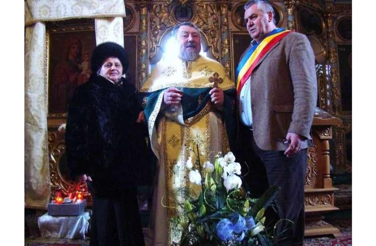 73 de ani de viață și un destin trăit în credința față de Dumnezeu! La Mulți Ani, părinte Ciobotaru!