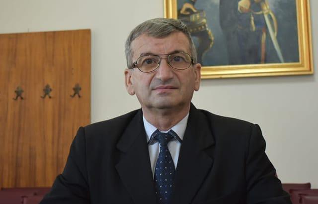 """Senatorul PNL de Vaslui, Iulian Bîca: """"Respect pentru produsul agricol românesc! Ajutor pentru producãtorii români!"""""""