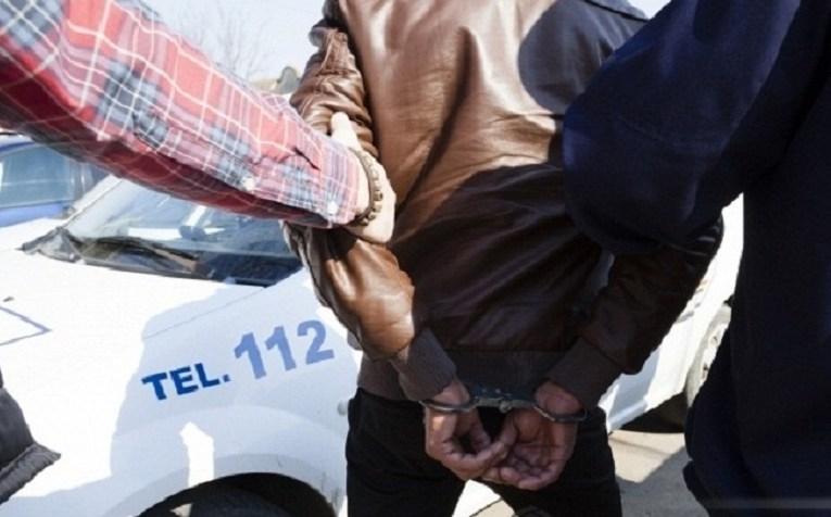 Caz incredibil la Bârlad! Două minore de 10 și 13 ani, supuse abuzurilor sexuale. Cazurile au fost semnalate polițiștilor la o oră unul față de celălalt. Judecătorii i-au lăsat în libertate