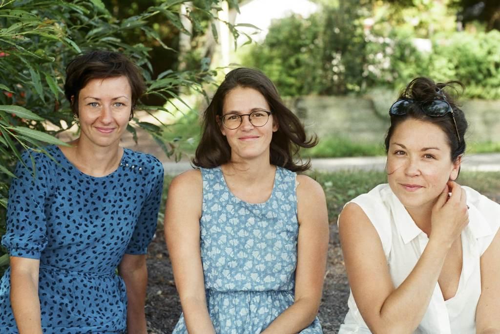 De gauche à droite : Josiane Bernier, Audrey Marchand et Laurence P Lafaille | Crédit photo : Llamaryon