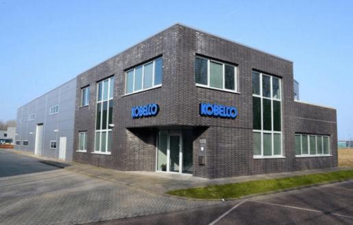 Duurzaam bedrijfspand verhuurd in Almere Poort