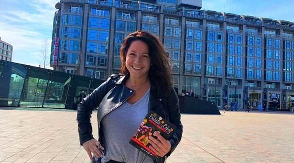 Zangcoach Babette Labeij opent zangschool in het Rotterdamse Groot Handelsgebouw