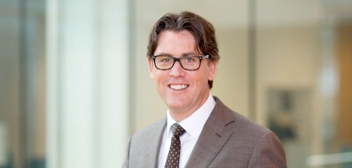 Jeffrey Koenecke beëdigd tot notaris