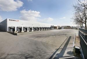 Luxebedden.nl huurt distributieruimte in Uden