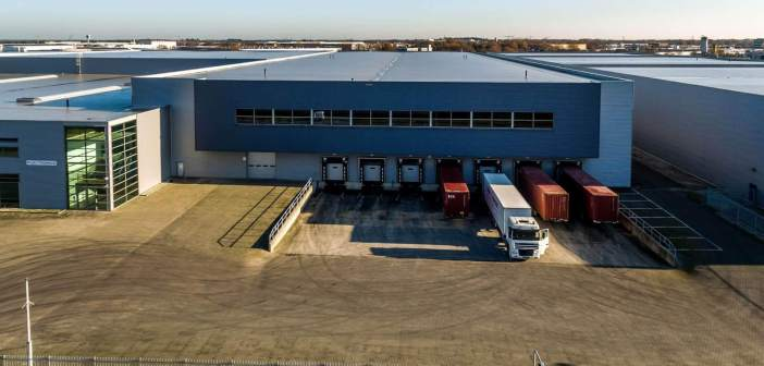 DHG en M7 Real Estate verhuren 11.200 m² in Venray aan Flex