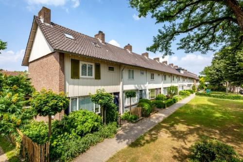 TW Residential koopt 181 woningen van Newomij