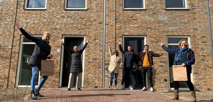 Enthousiaste bewoners nemen sleutels Verspyckweg in ontvangst
