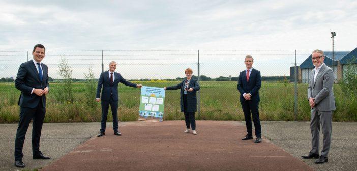 Ondertekening intentieverklaring tussen het Rijksvastgoedbedrijf, Dunea, Hoogheemraadschap van Rijnland, BPD en gemeente Katwijk