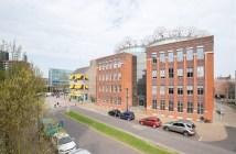 OF-US huurt 2.300 m² kantoorruimte in Enschede