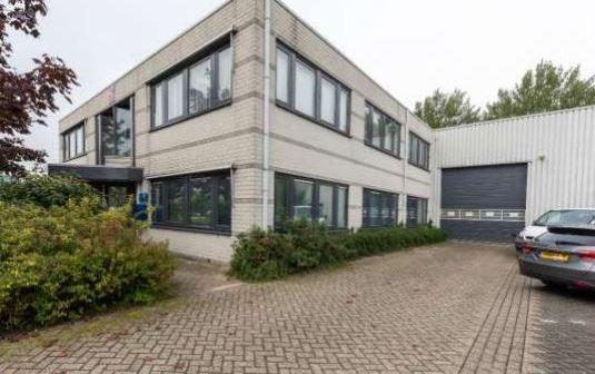 Clinichain huurt kantoor-bedrijfspand in Almere