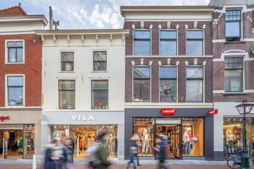 Orange Capital Partners verkoopt drie winkelobjecten aan de Haarlemmerstraat in Leiden