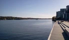 M/S Mysing utanför Finnboda; Danvikstrand till höger