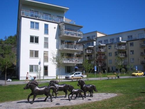 Finnboda Parkväg 20–22 och greenen