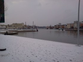 Marina torget i Henriksdalshamnen