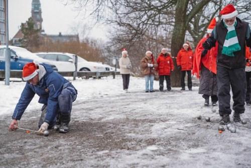Boule vid seniorboendet på Finnbodaberget