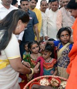 cm-birthday-greetings-mahila-thana-PH-04