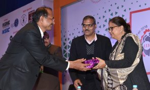 cm-at-india-industrial-fair-msme-jecc-sitapura-CLP_9438