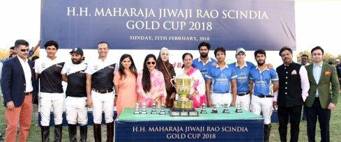 vasundhara-raje-yashodhara-scindia-maharaja-jiwaji-rao-scindia-gold-cup-polo-match-02