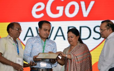 rajasthan-it-day-awards-chief-minister-vasundhara-raje-CMP_6355