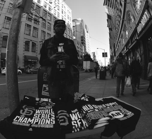 Street seller for T-shirts of Giants!