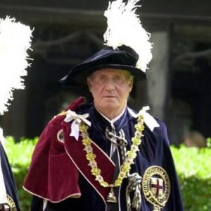 Queen Elizabeth II knights Shimon Peres: Both Serving the Vatican SMOM-King-Juan-Carlos-Order-of-the-Garter1-300x299