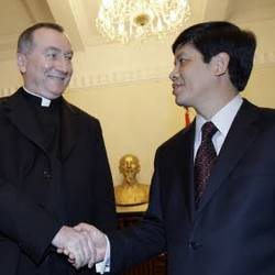 Pietro Parolin meets Nguyen Quoc Cuong, Vietnamese Vice  Foreign Minister