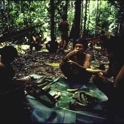 Indígenas Ianomâmi