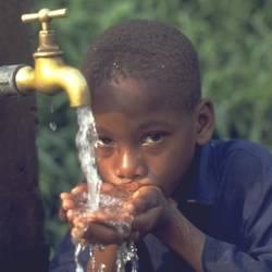 La encíclica hablará también sobre el acceso al agua en África