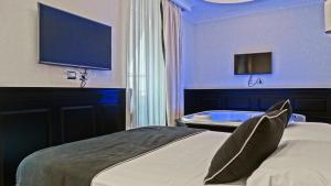 Vaticano Royal Suite Guest House 76236662