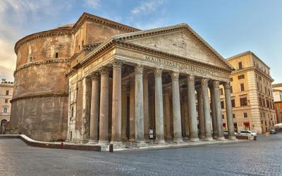 Pantheon small group loop tour