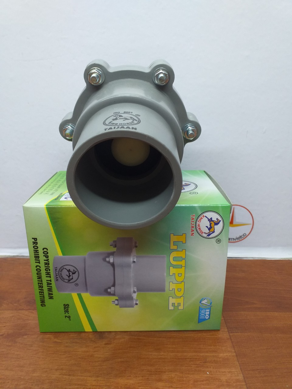 VAN 1 CHIEU 60 NHUA PVC (4)