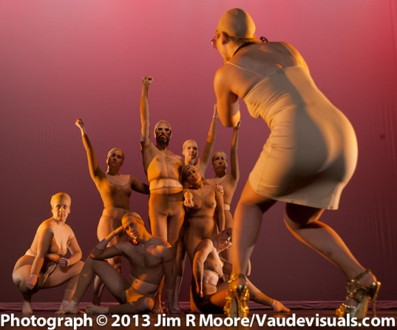 Julie Atlas Muiz on stage photograpjhing the Etude en Nude dancers.