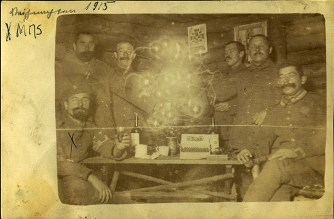 Gustav Klemp (bottom left) celebrating Christmas 1915 with his comrades.