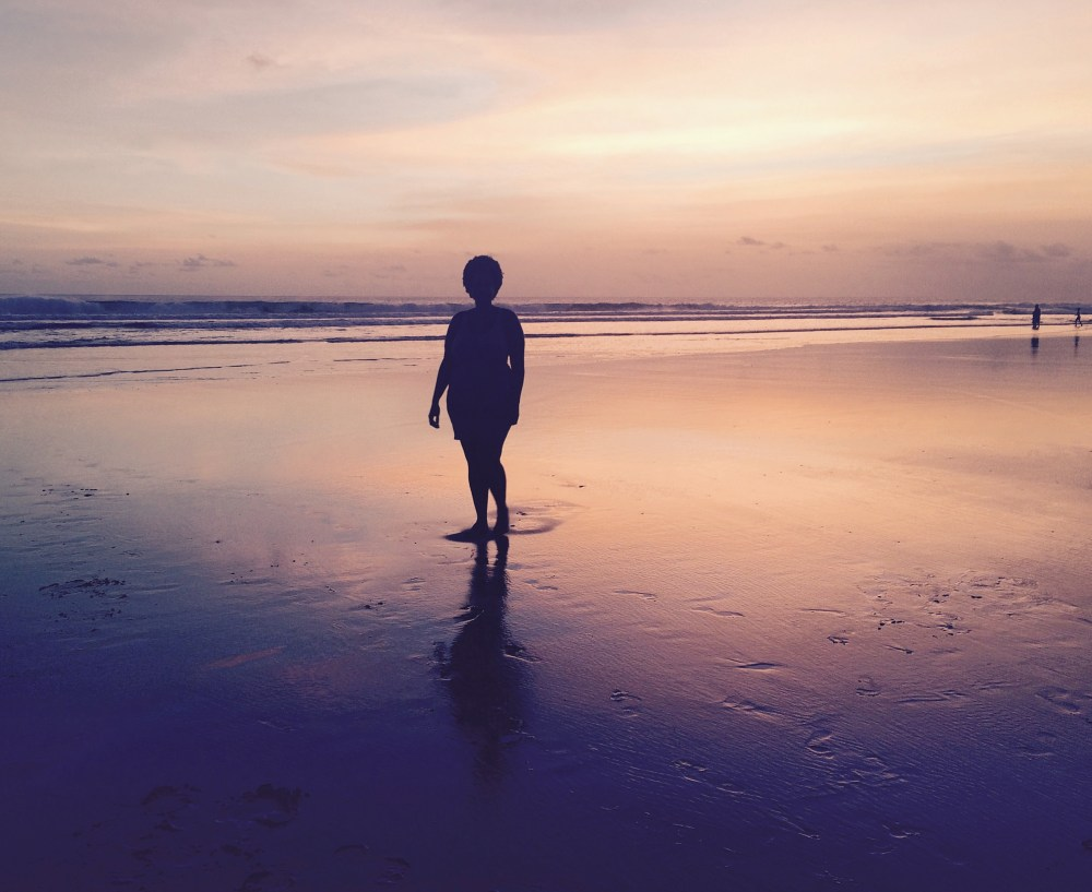 Seminyak, Bali Sunset Silhouette. how do solo travelers get such good pictures http://vaycarious.com