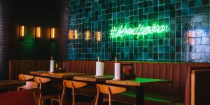 Coronavirus : Comment les restaurants et les bars s'équipent ?