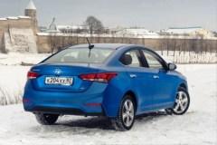 Hyundai Solaris вид сзади