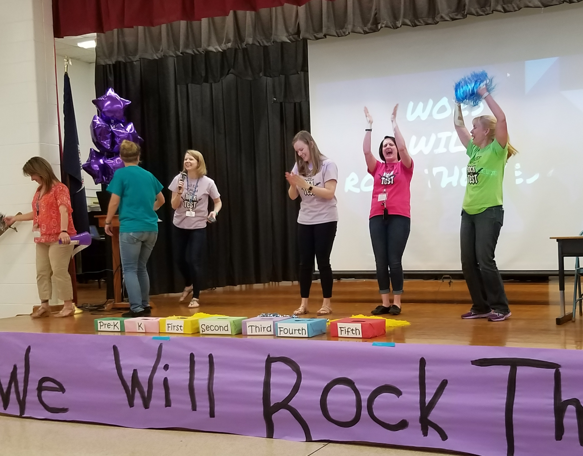 Music Rocker Sessel Test Staff Sol Videos Encourage Students To Rock The Test