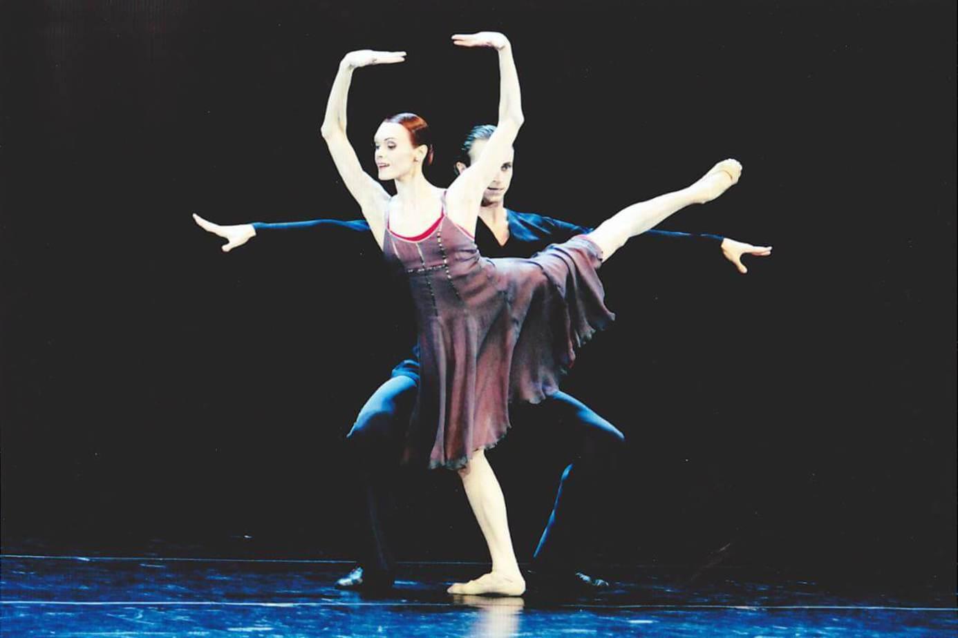 天鵝湖畔的芭蕾伶娜 - 電影線上看 - friDay影音