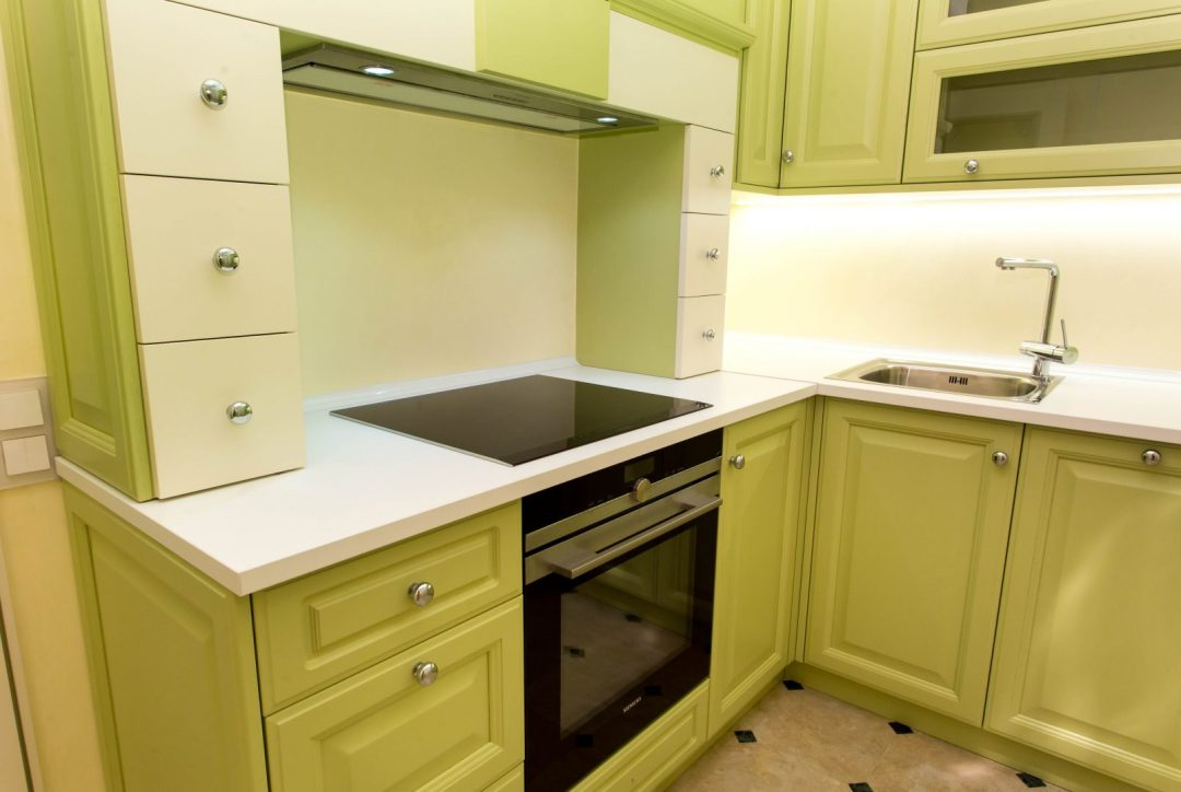 reforma de cocina verde