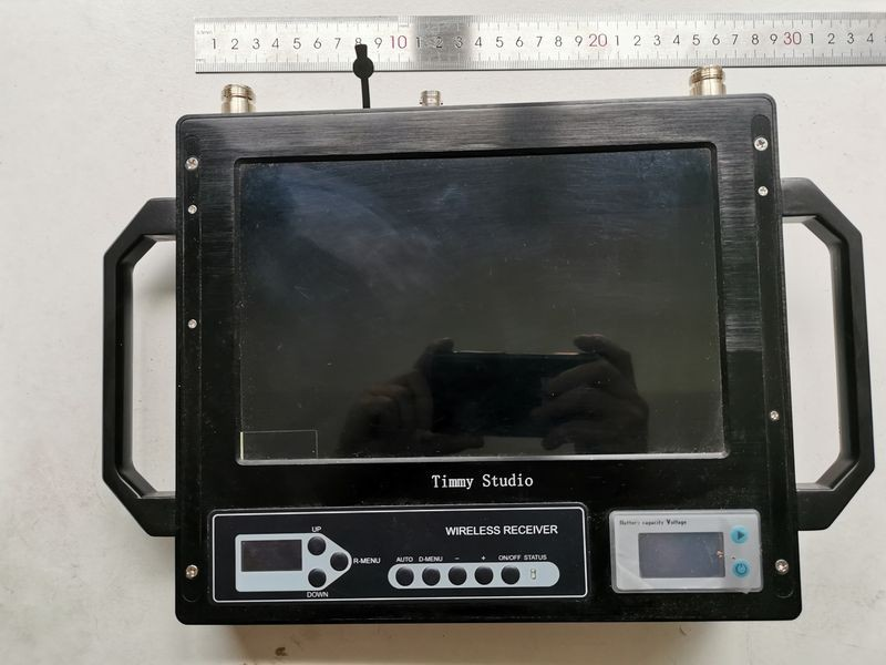 10-inch monitor cofdm receiver 3