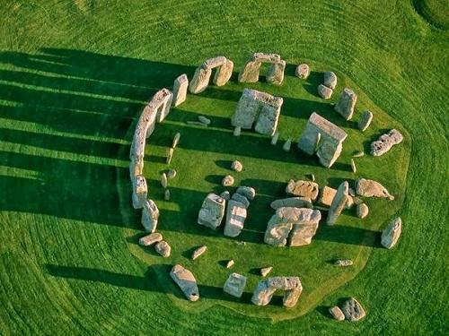 phat-hien-moi-ve-bi-n-bai-da-co-stonehenge-1